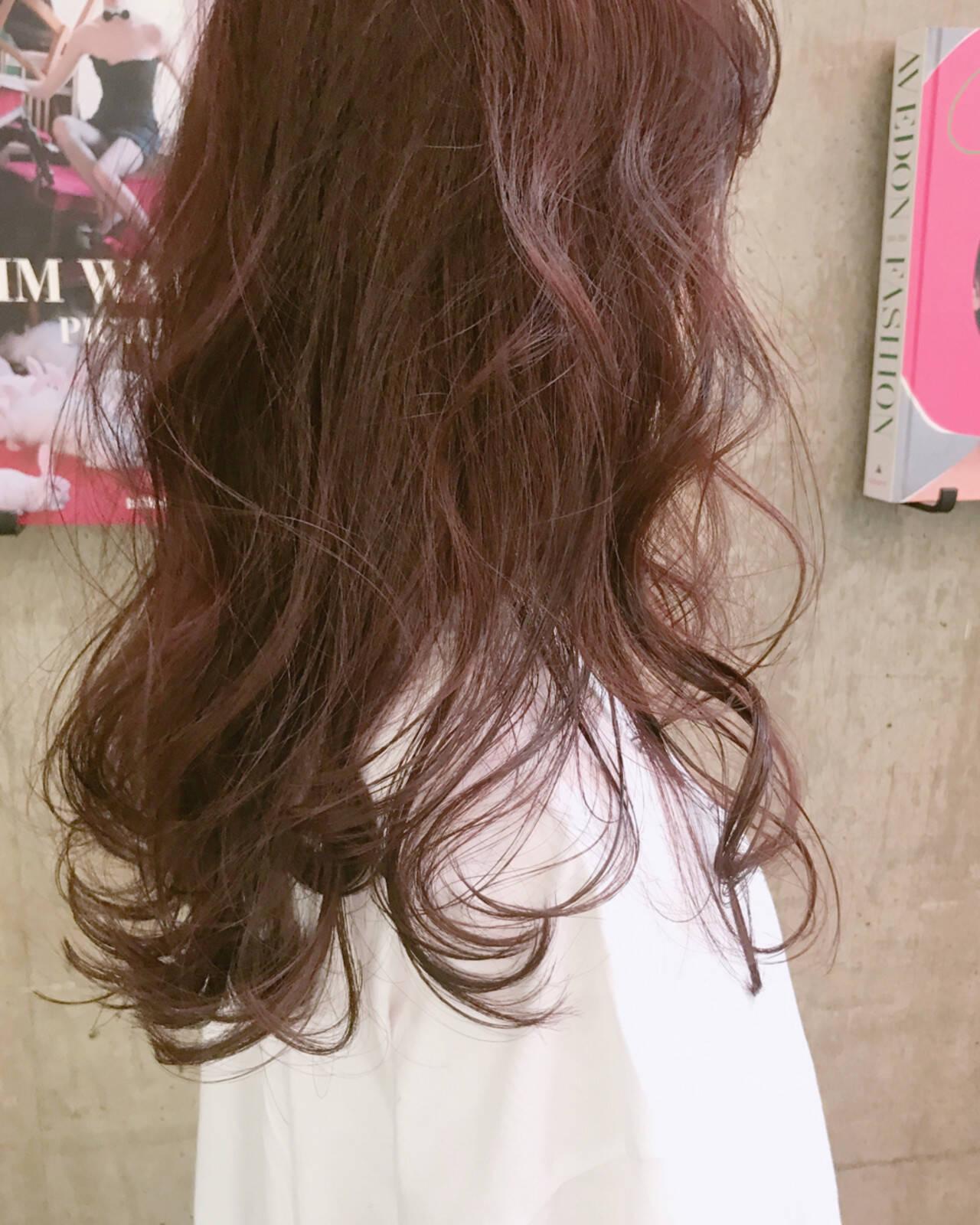 ピンク 透明感 セミロング エレガントヘアスタイルや髪型の写真・画像