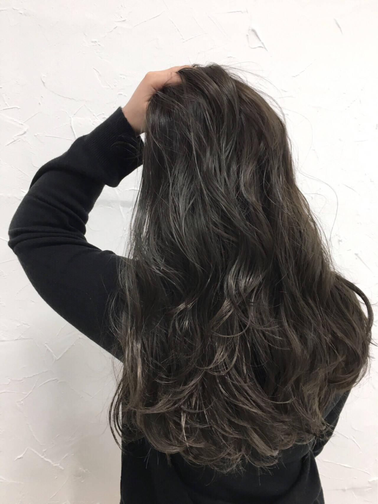 暗髪 ロング 外国人風 ストリートヘアスタイルや髪型の写真・画像