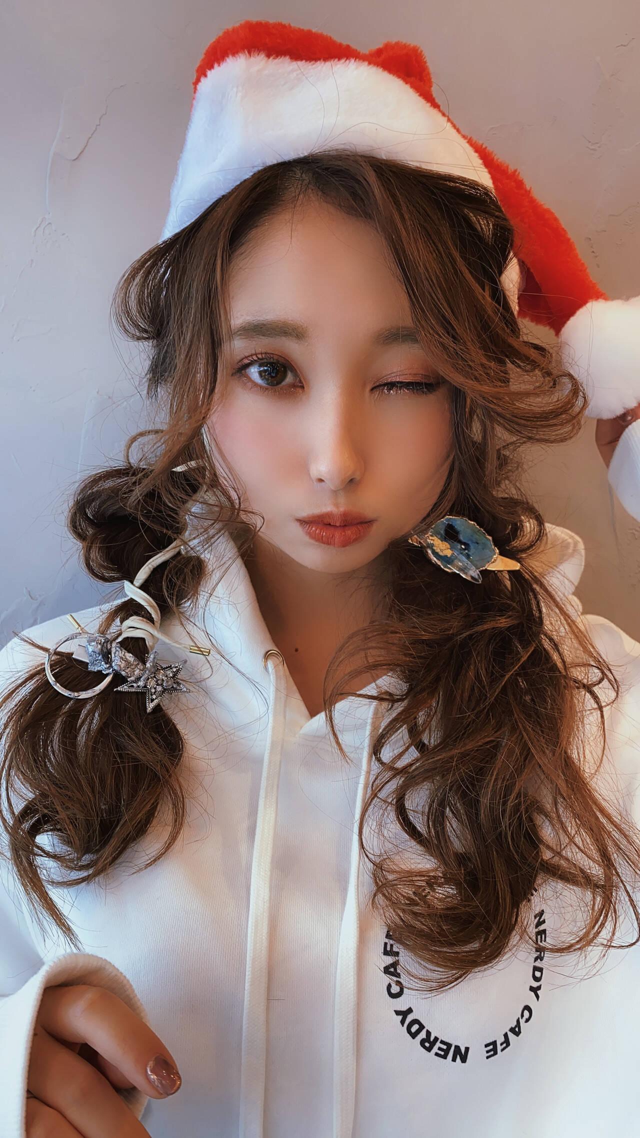ロング ふわふわヘアアレンジ ヘアアレンジ クリスマスアレンジヘアスタイルや髪型の写真・画像