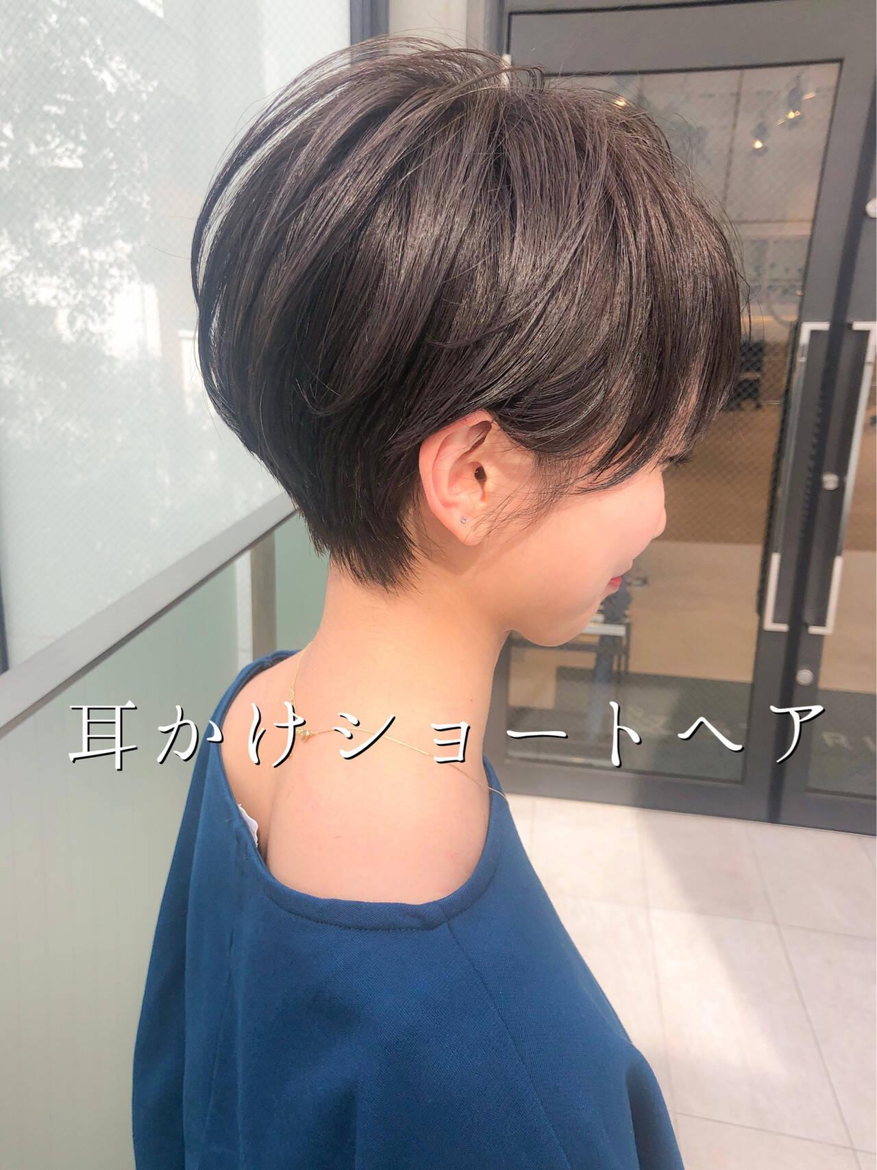 ナチュラル 耳かけ アウトドア デートヘアスタイルや髪型の写真・画像