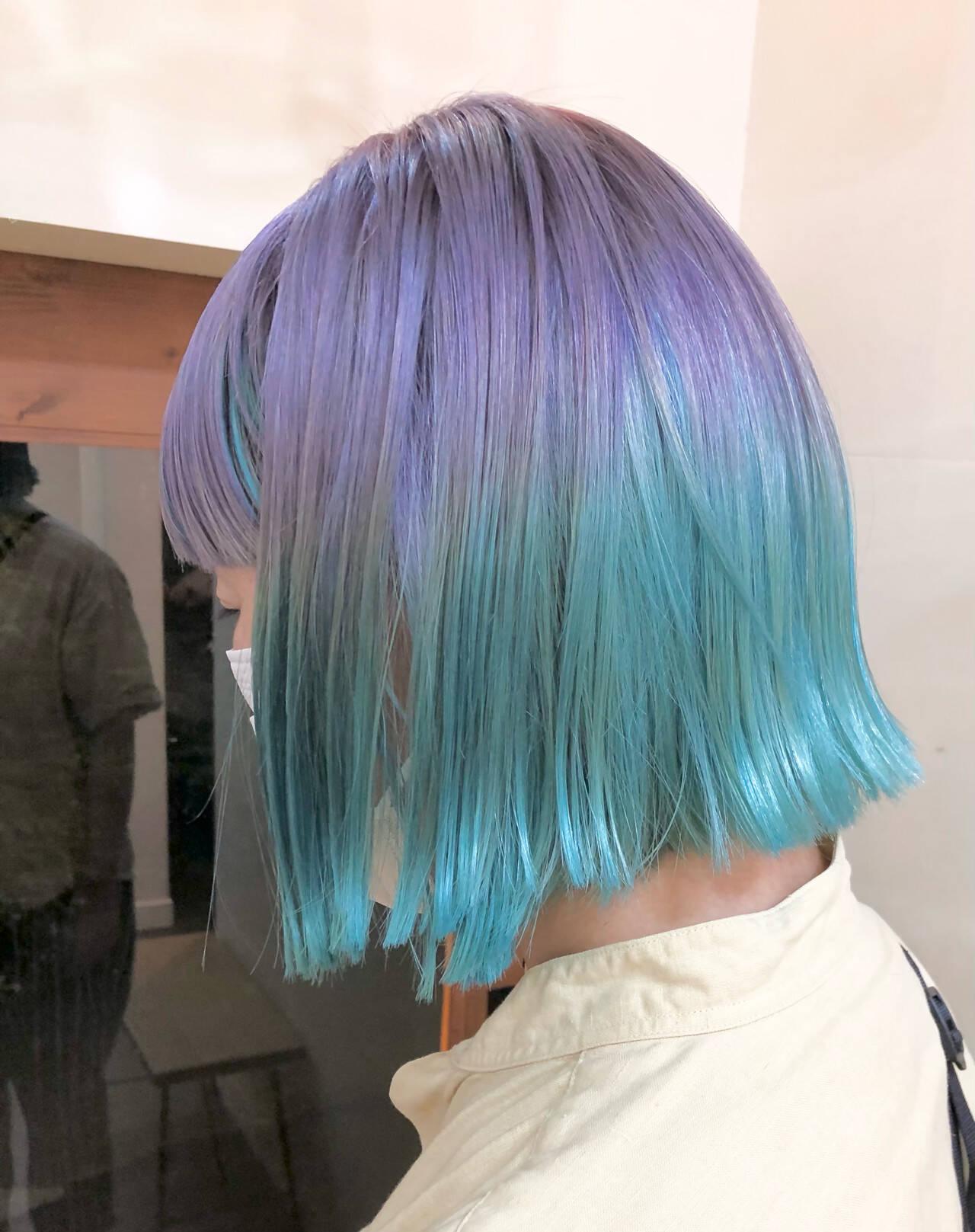 ボブ ストリート インナーグリーン ユニコーンカラーヘアスタイルや髪型の写真・画像