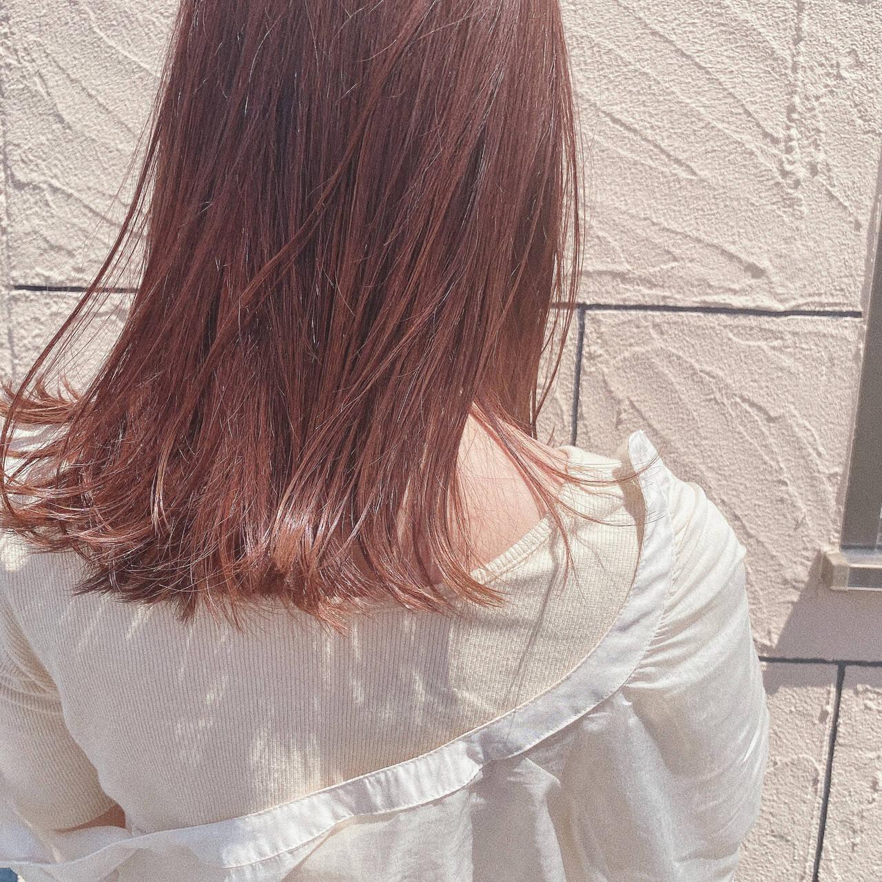ナチュラル ロング オレンジベージュ オレンジブラウンヘアスタイルや髪型の写真・画像