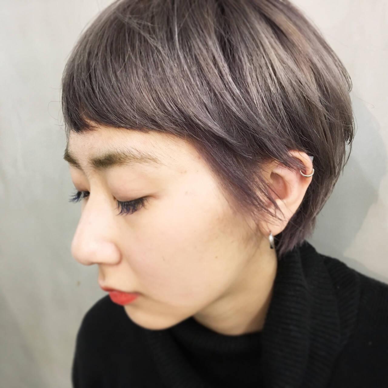 ナチュラル ウェットヘア ダブルカラー ショートヘアスタイルや髪型の写真・画像