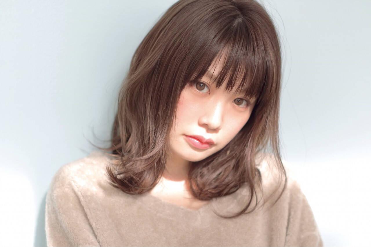 ミディアム パーマ アッシュ 黒髪ヘアスタイルや髪型の写真・画像