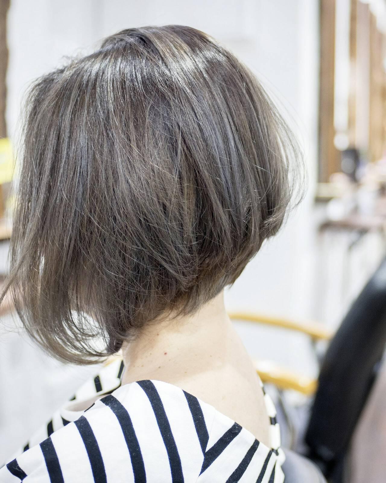 小顔 大人かわいい フェミニン 前下がりヘアスタイルや髪型の写真・画像