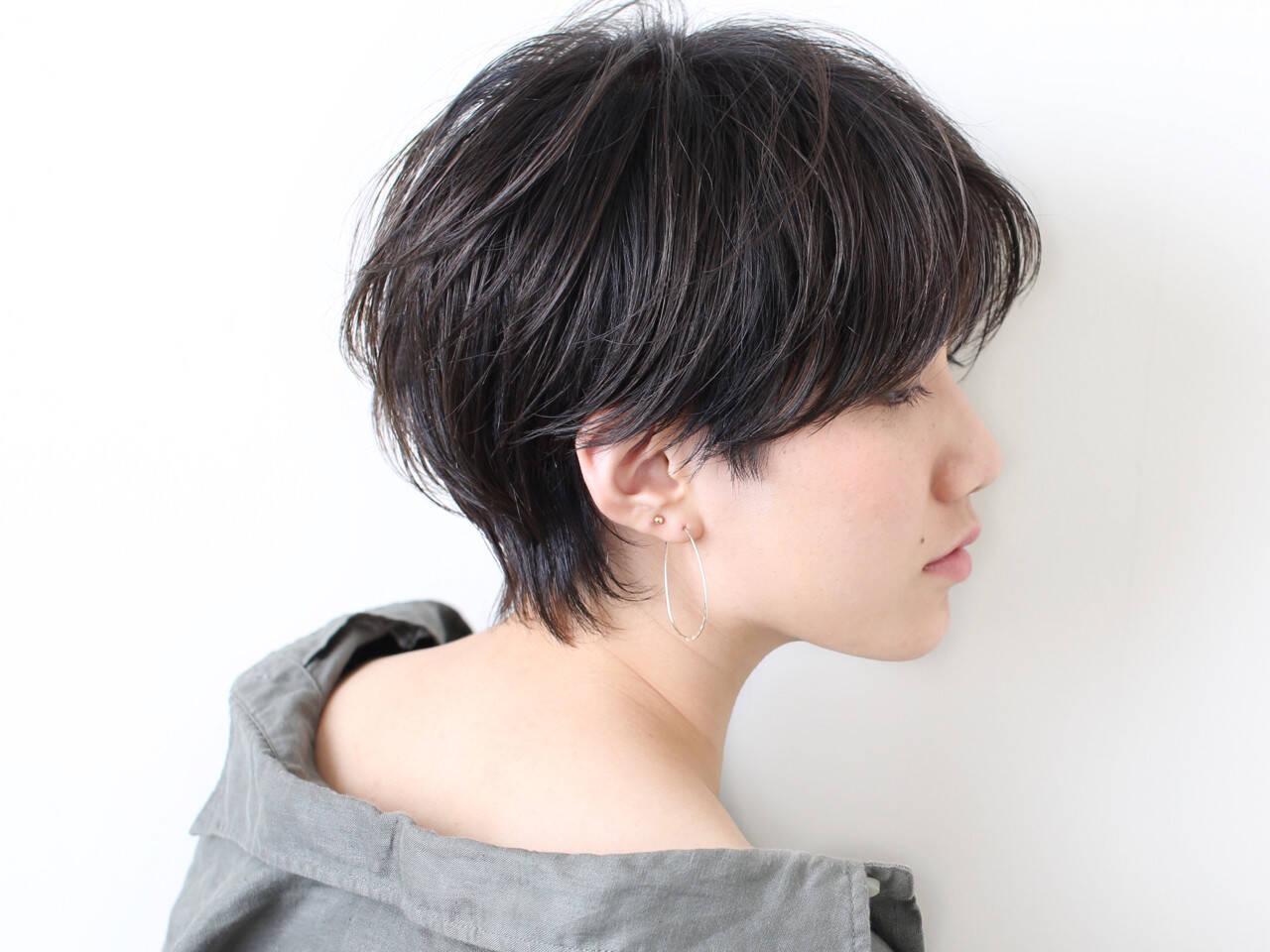 ナチュラル 黒髪 ウルフカット かっこいいヘアスタイルや髪型の写真・画像