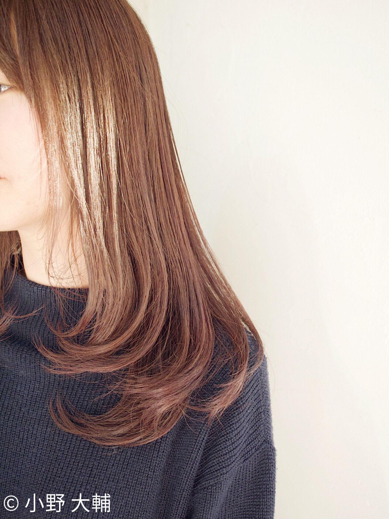 切りっぱなしボブ ラベンダーグレージュ ミルクティーベージュ ラベンダーアッシュヘアスタイルや髪型の写真・画像