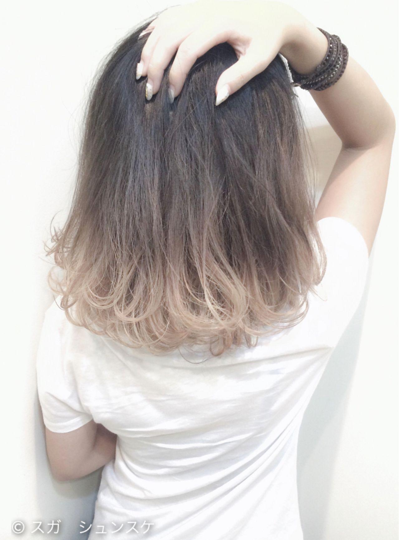 外国人風 ミディアム アッシュ グラデーションカラーヘアスタイルや髪型の写真・画像