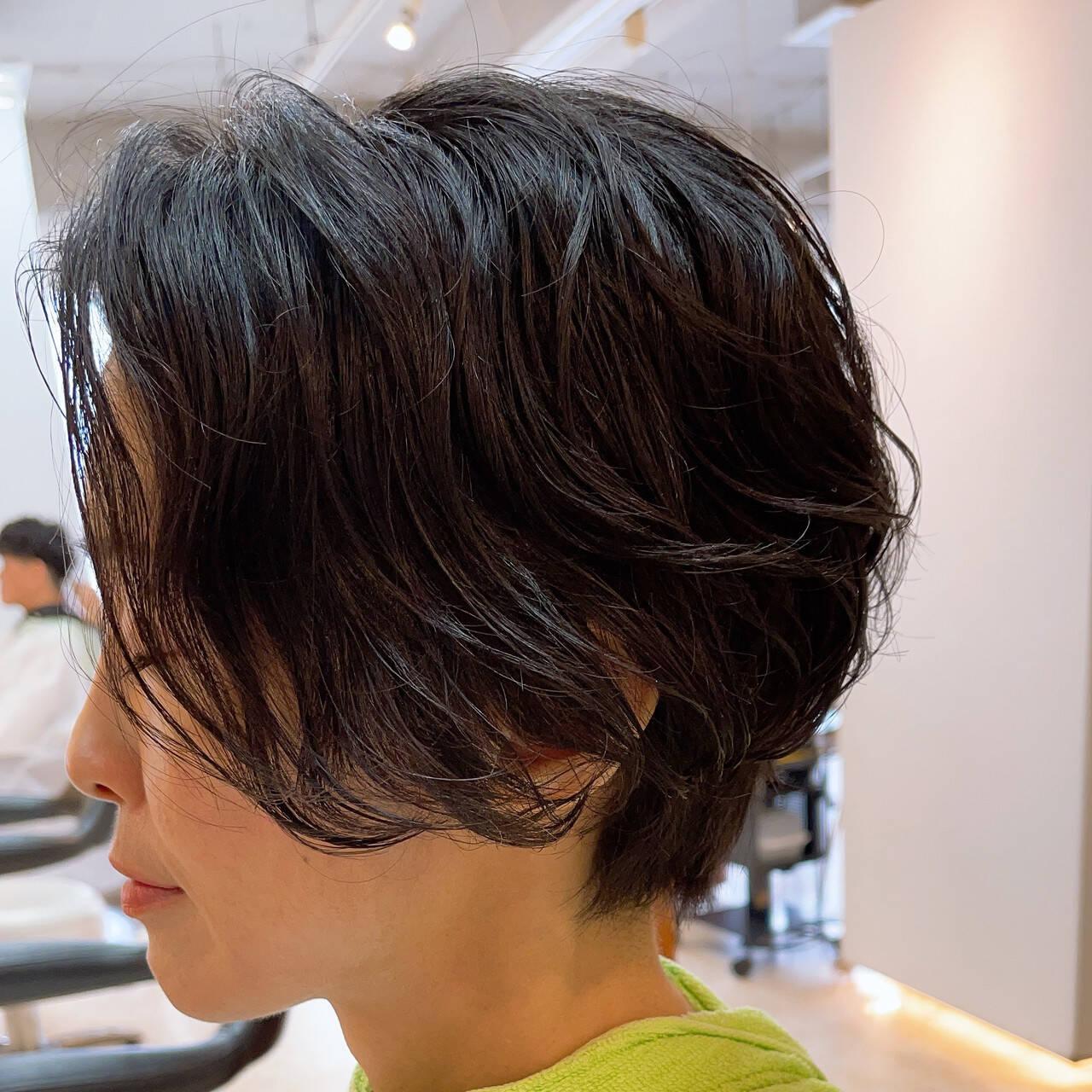 ミニボブ ショート ベリーショート ナチュラルヘアスタイルや髪型の写真・画像