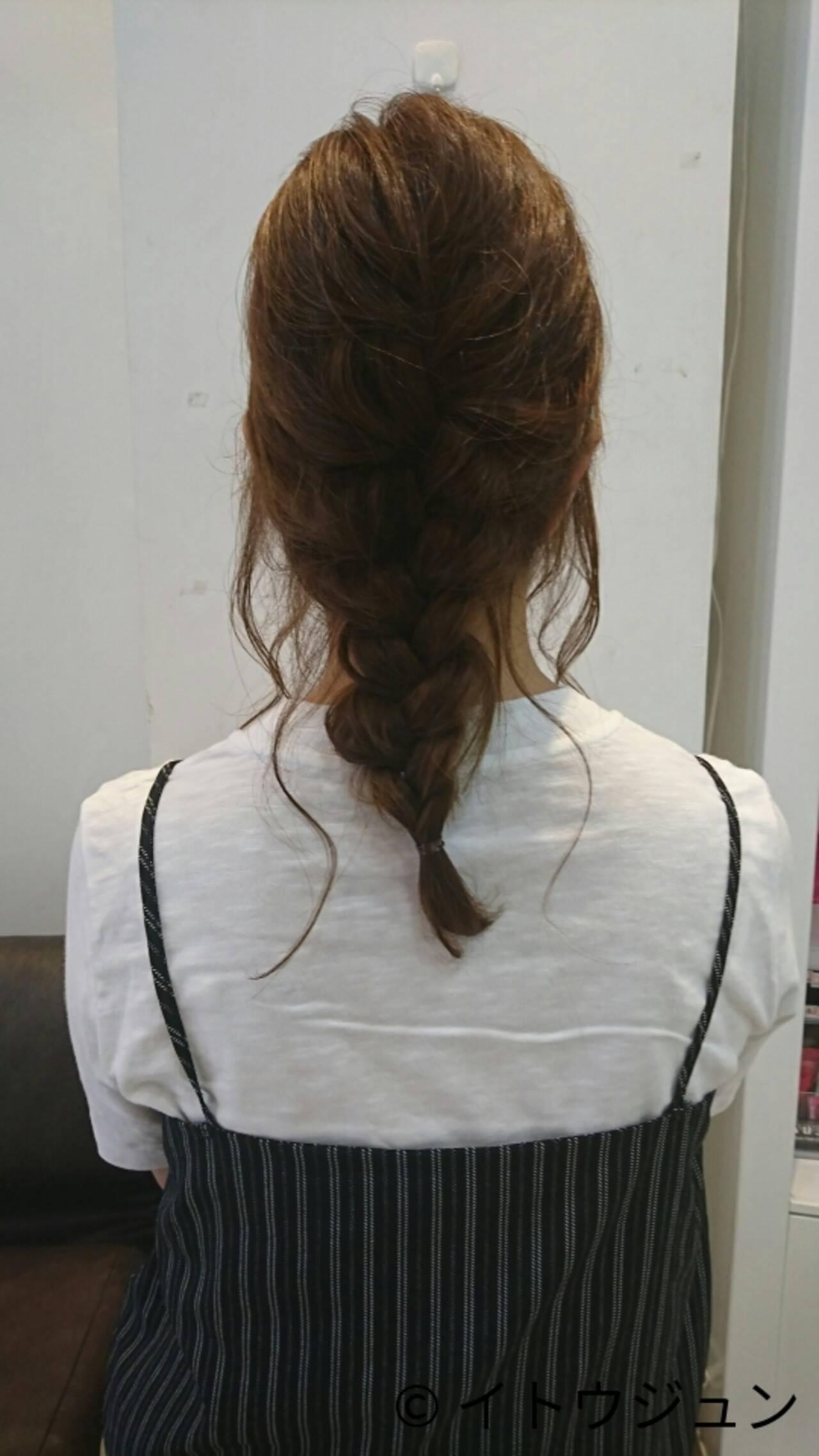 ヘアアレンジ セミロング 簡単ヘアアレンジ ナチュラルヘアスタイルや髪型の写真・画像