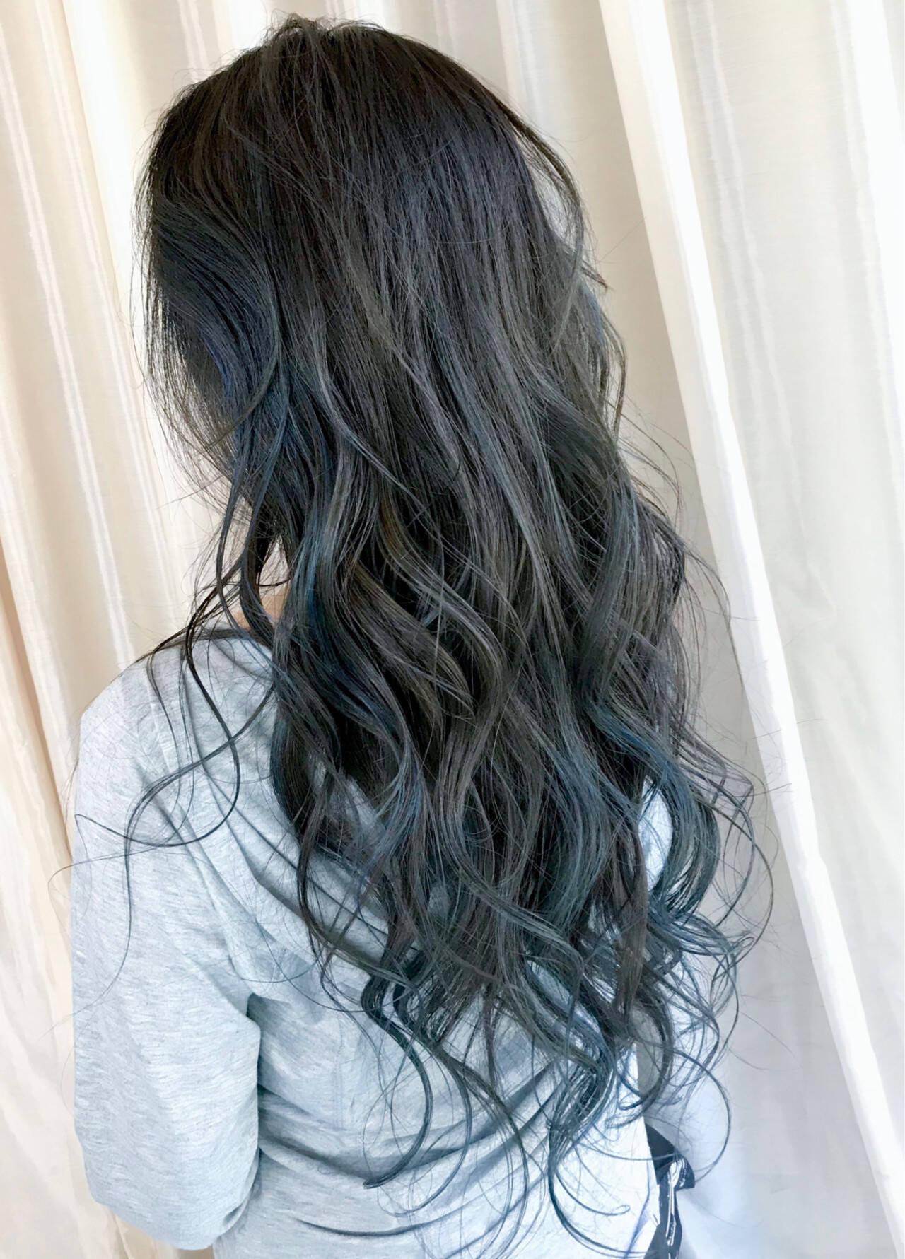 ブルーブラック ネイビーブルー ネイビー ブルーアッシュヘアスタイルや髪型の写真・画像