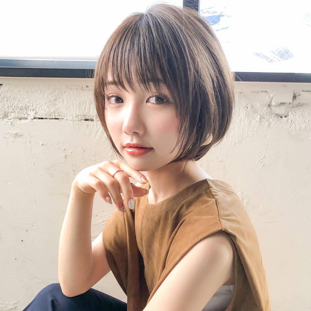 アンニュイほつれヘア 小顔ショート ナチュラル ボブヘアスタイルや髪型の写真・画像