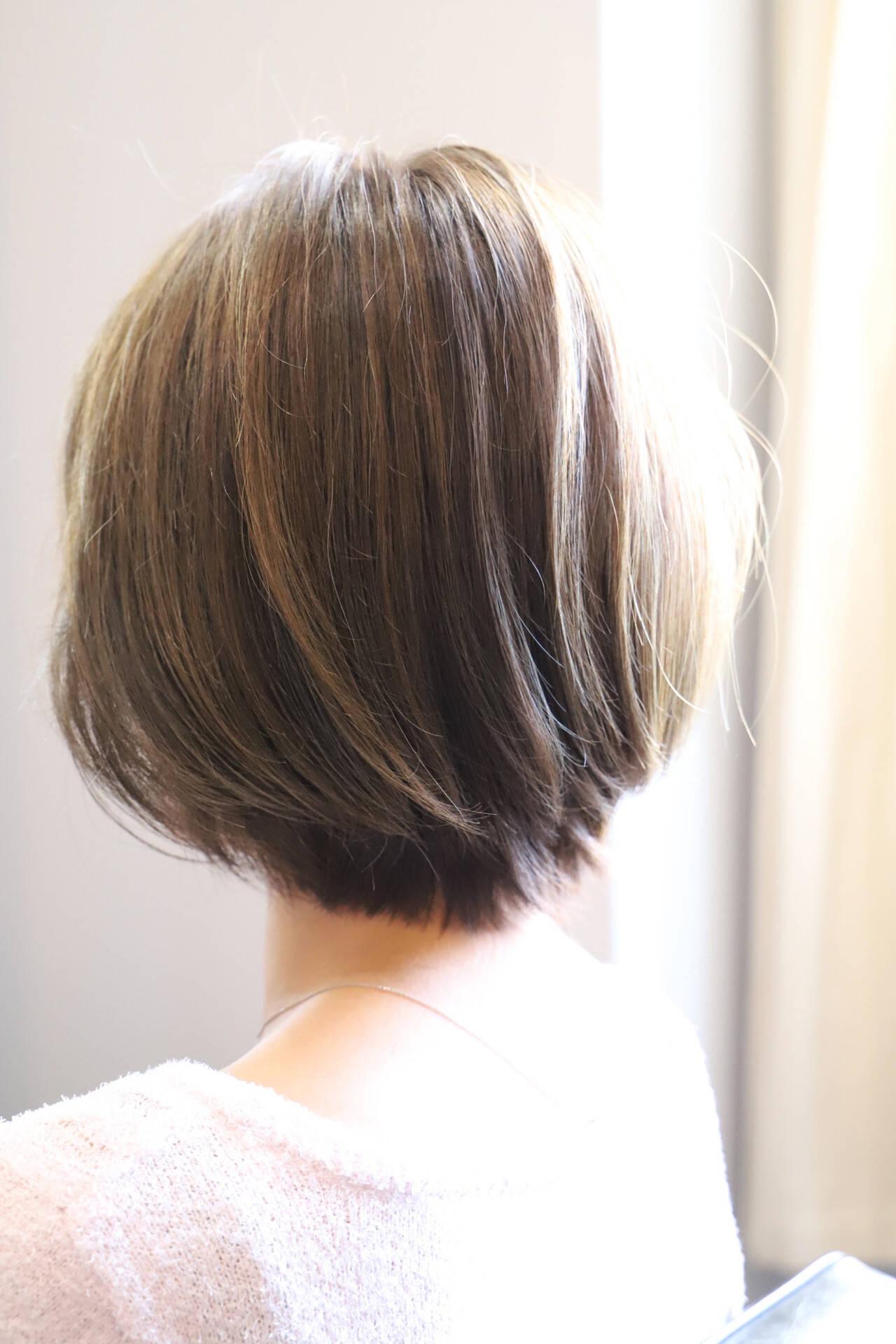 ショート ハイライト 大人可愛い 大人ハイライトヘアスタイルや髪型の写真・画像