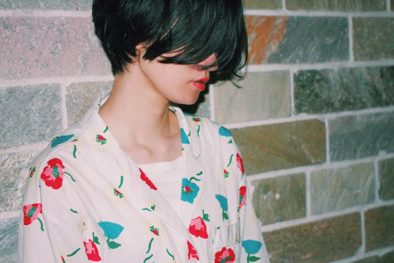 デジタルパーマ モード ウェットヘア 黒髪ヘアスタイルや髪型の写真・画像