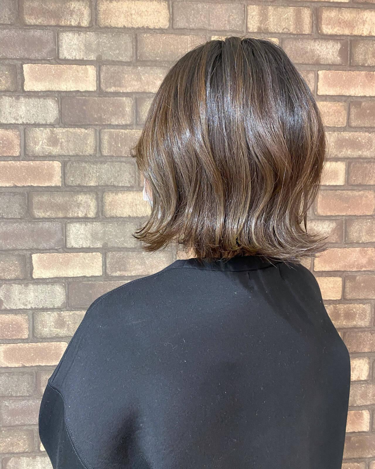 ナチュラル ナチュラルグラデーション イルミナカラー 切りっぱなしボブヘアスタイルや髪型の写真・画像