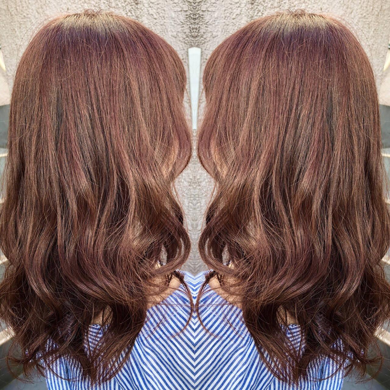 ピンクブラウン 外国人風 ピンク セミロングヘアスタイルや髪型の写真・画像