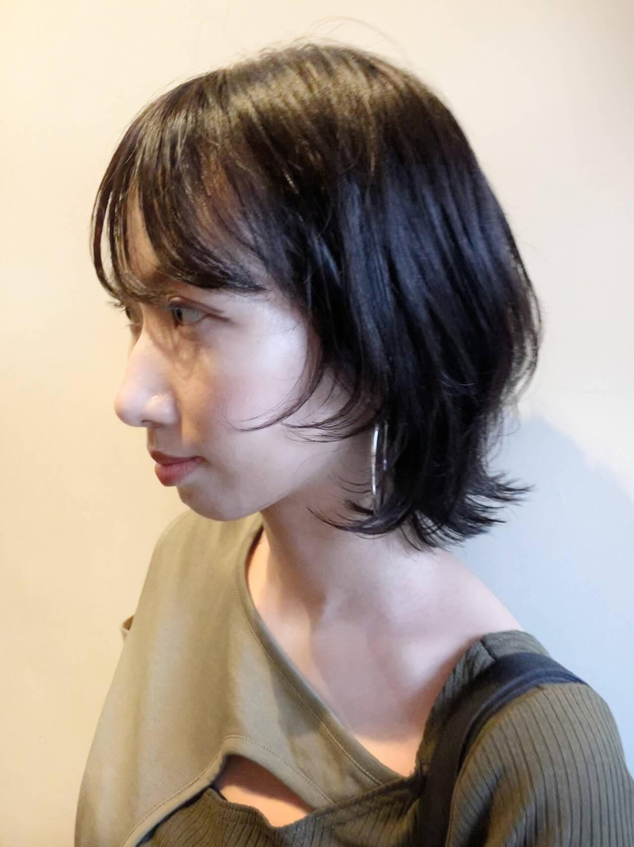 黒髪 ウルフカット ナチュラル ウルフヘアスタイルや髪型の写真・画像