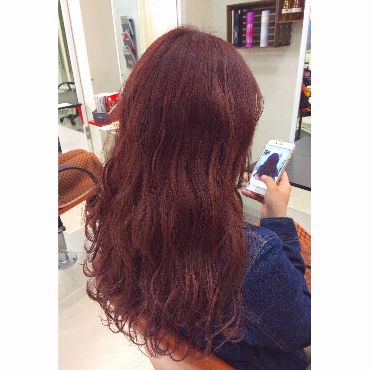 暗髪 ピンク ゆるふわ ピンクブラウンヘアスタイルや髪型の写真・画像