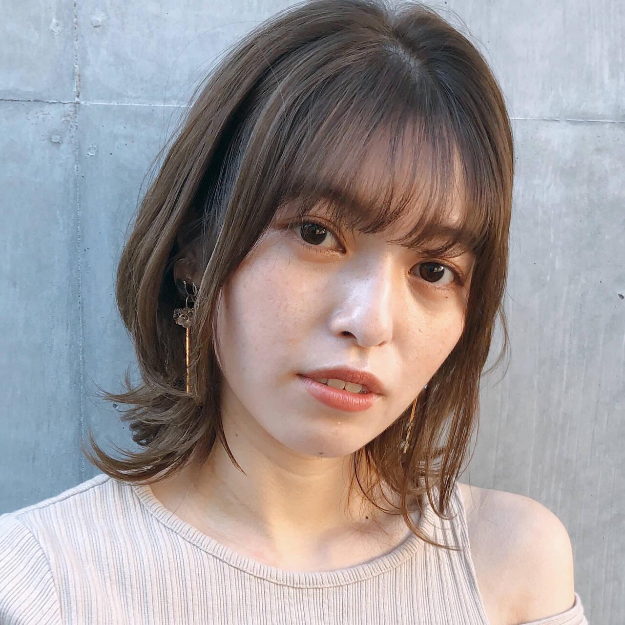 デジタルパーマ ミディアム 大人可愛い ナチュラルヘアスタイルや髪型の写真・画像