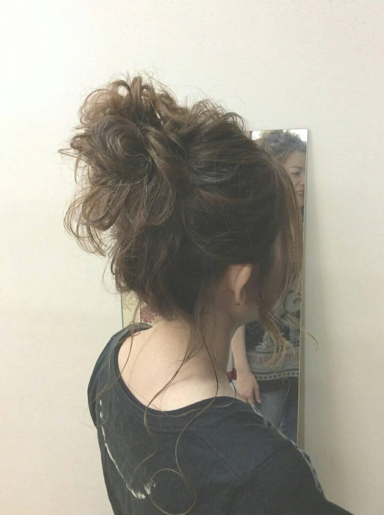 ナチュラル ヘアアレンジ セミロング ポンパドールヘアスタイルや髪型の写真・画像