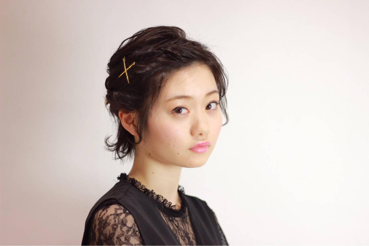 ショート 編み込み エレガント 上品ヘアスタイルや髪型の写真・画像