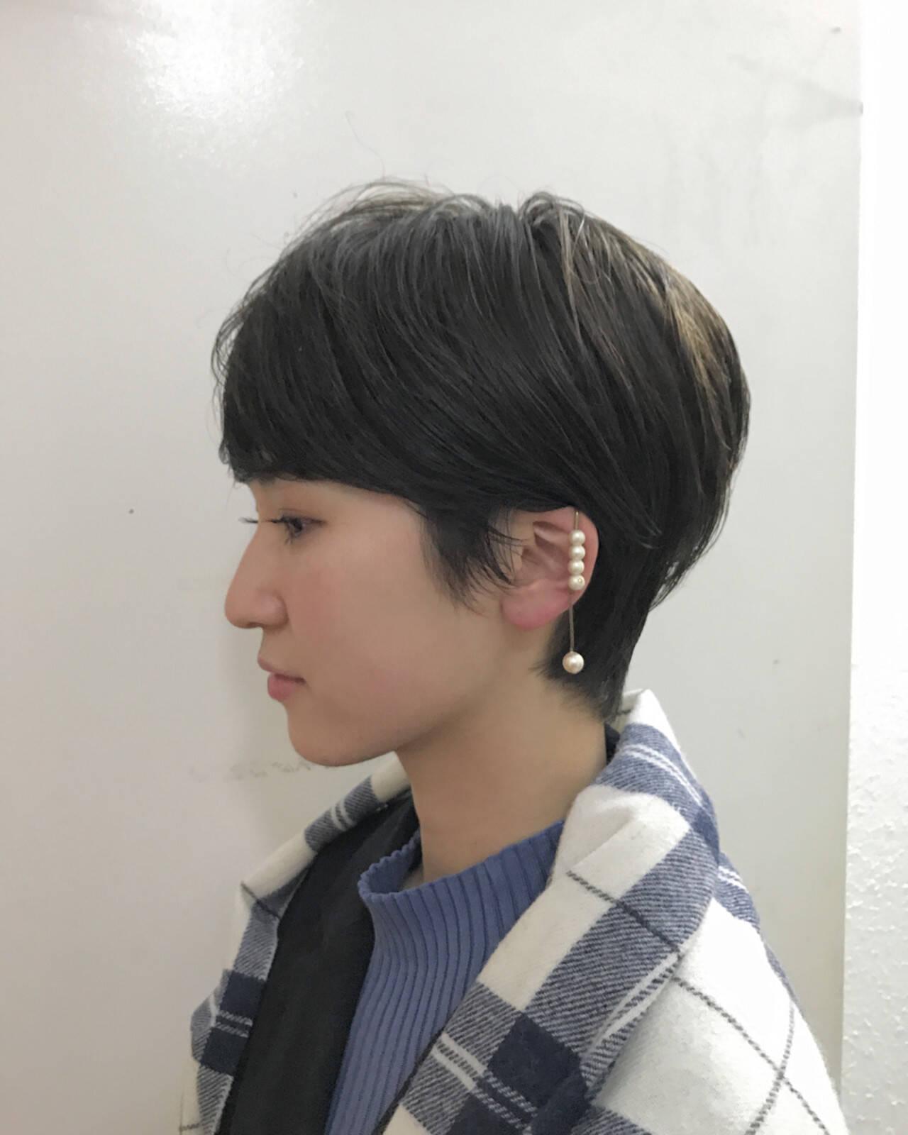 ウェットヘア ストレート 暗髪 ショートヘアスタイルや髪型の写真・画像