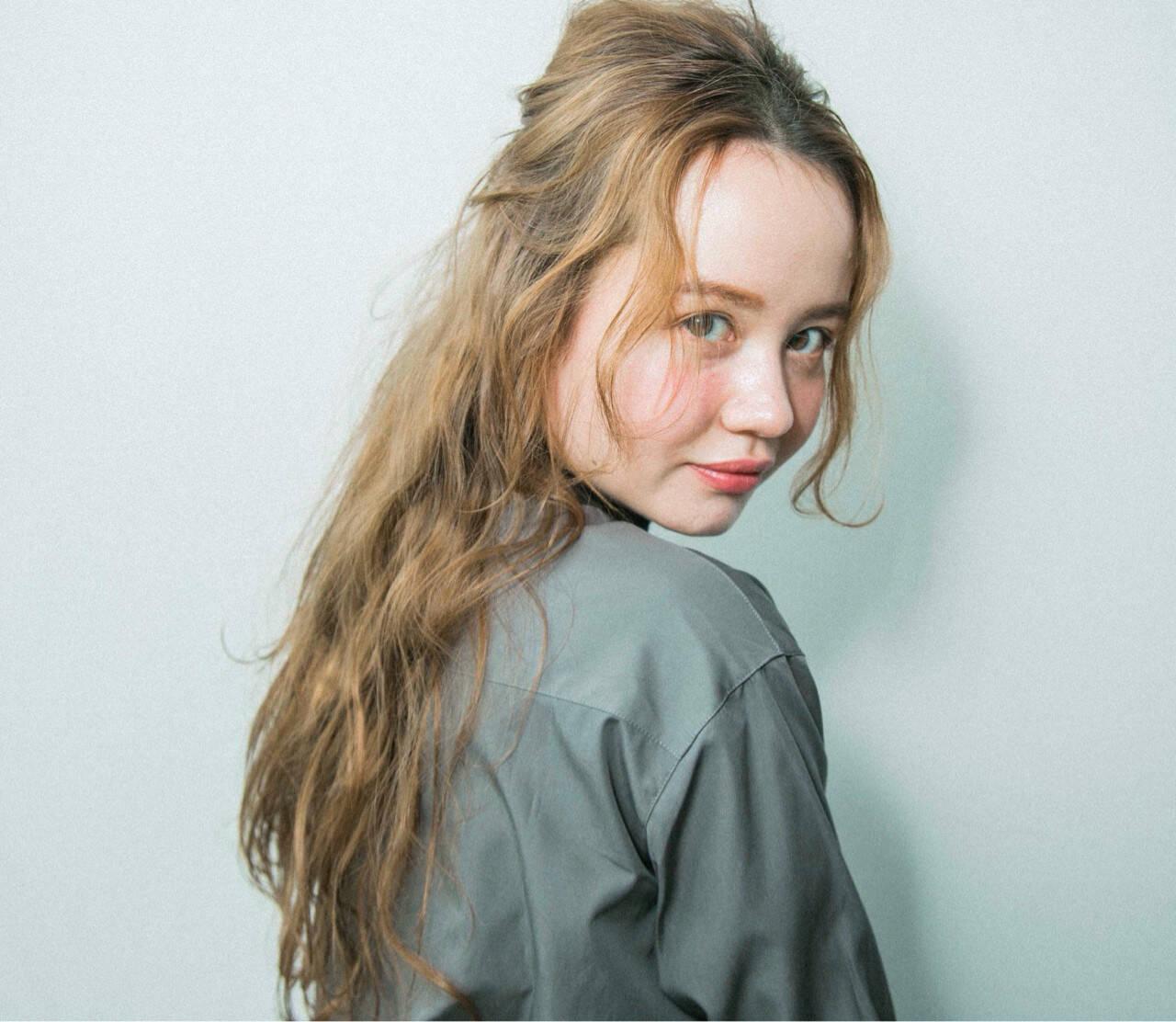 ナチュラル 簡単ヘアアレンジ ロングヘアスタイル ロングヘアヘアスタイルや髪型の写真・画像