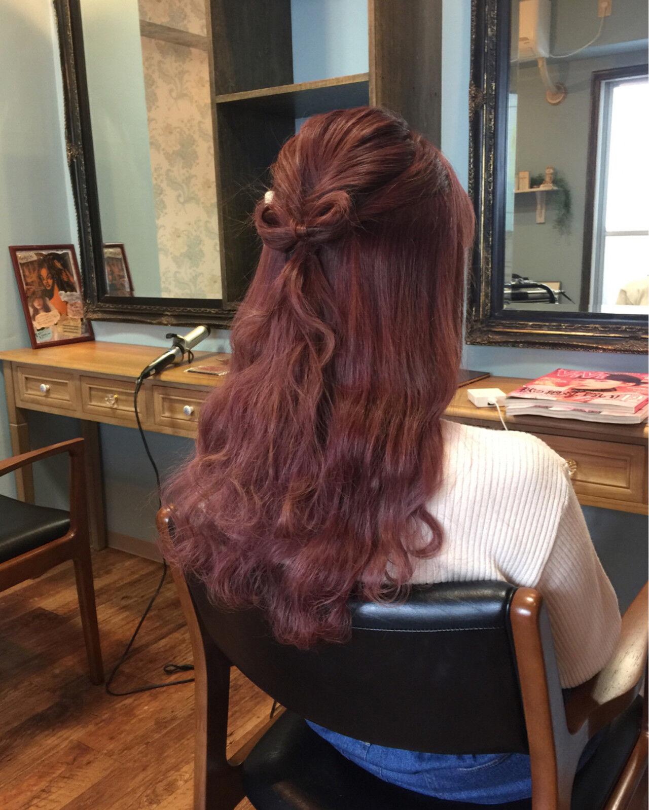 ゆるふわ ロング レッド ピンクヘアスタイルや髪型の写真・画像