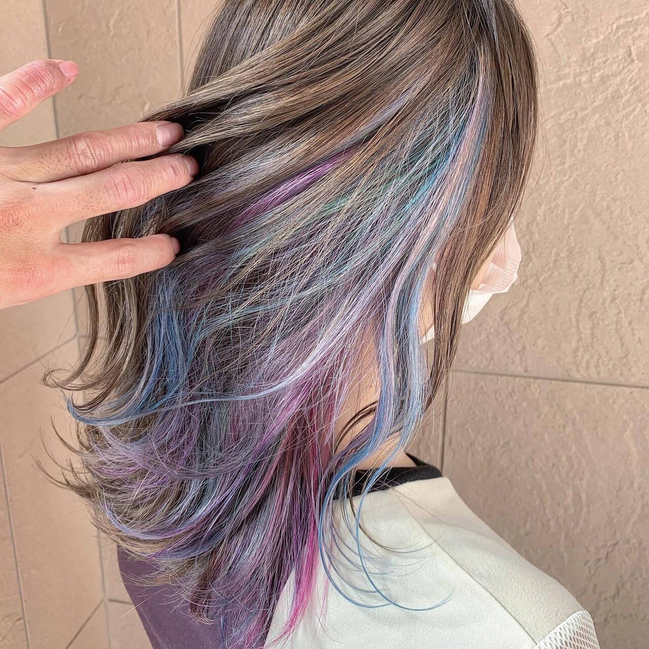 ユニコーンカラー インナーカラー セミロング デザインカラーヘアスタイルや髪型の写真・画像