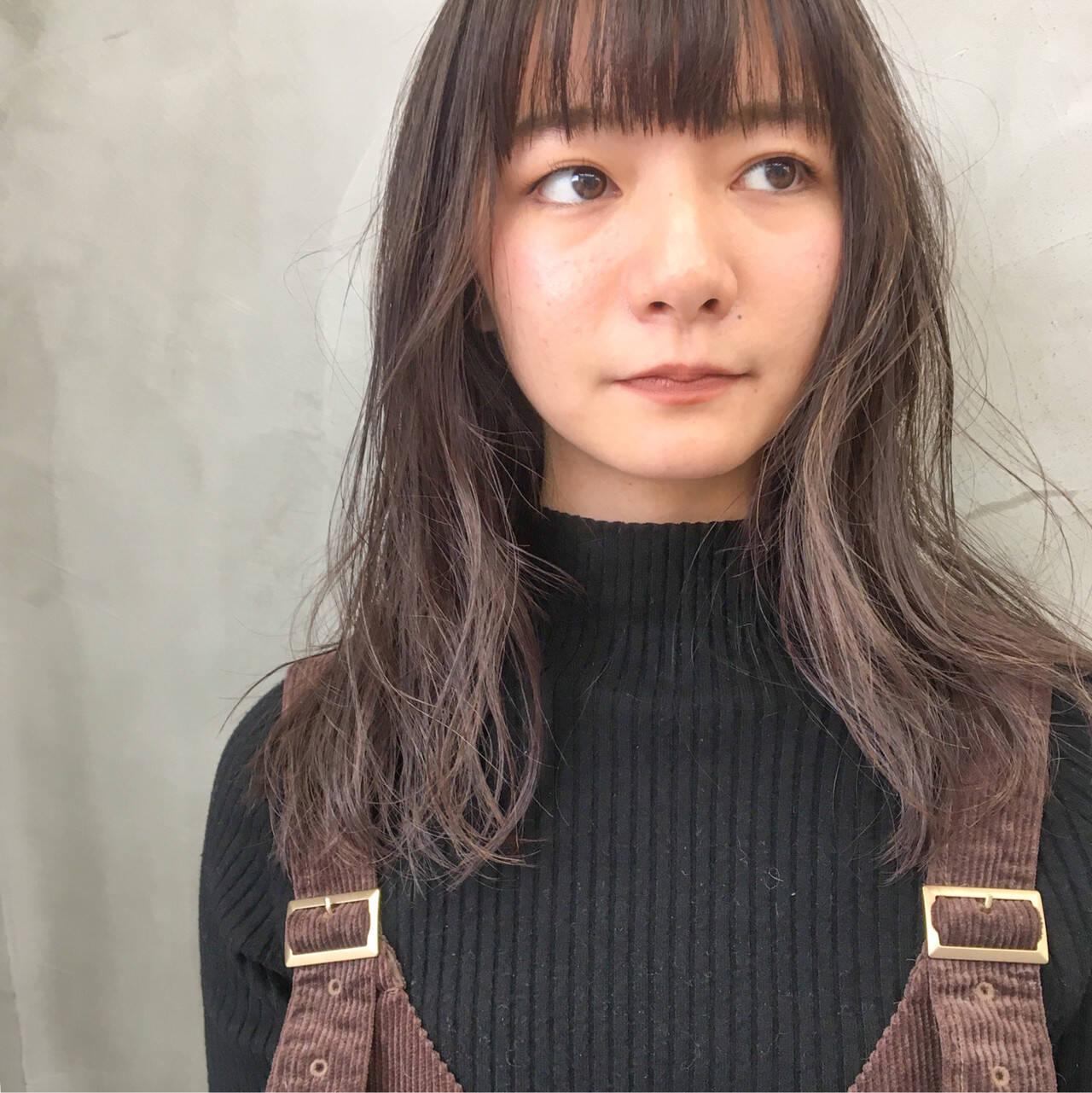 ハイライト アンニュイほつれヘア 外国人風カラー ナチュラルヘアスタイルや髪型の写真・画像