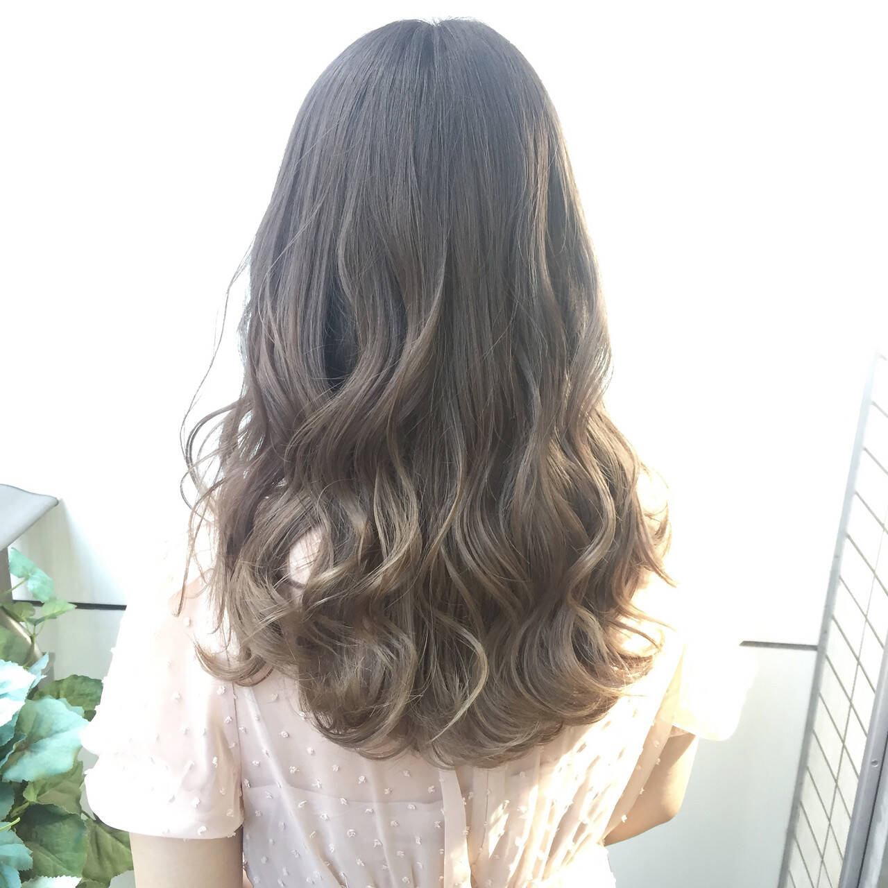 ロング フェミニン 簡単ヘアアレンジ 外国人風ヘアスタイルや髪型の写真・画像