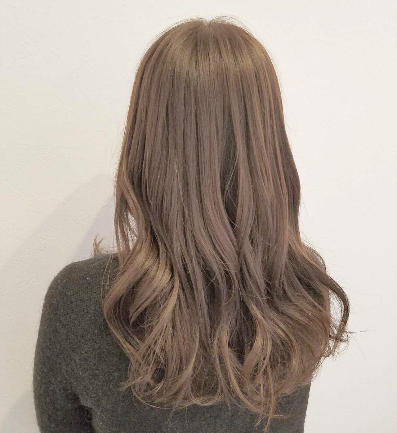 ロング ハイトーン 外国人風 ブラウンベージュヘアスタイルや髪型の写真・画像