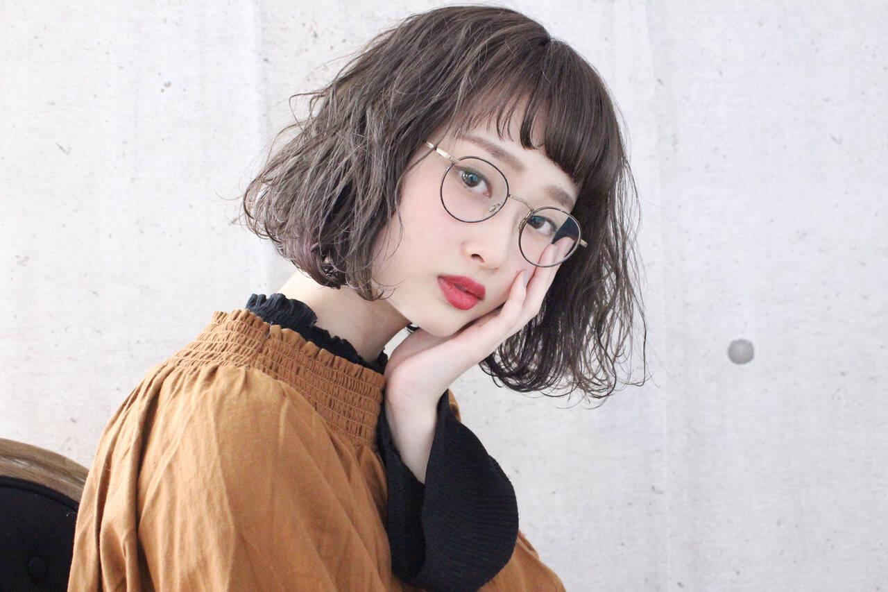 アンニュイほつれヘア ミルクティーベージュ ボブ ミルクティーアッシュヘアスタイルや髪型の写真・画像