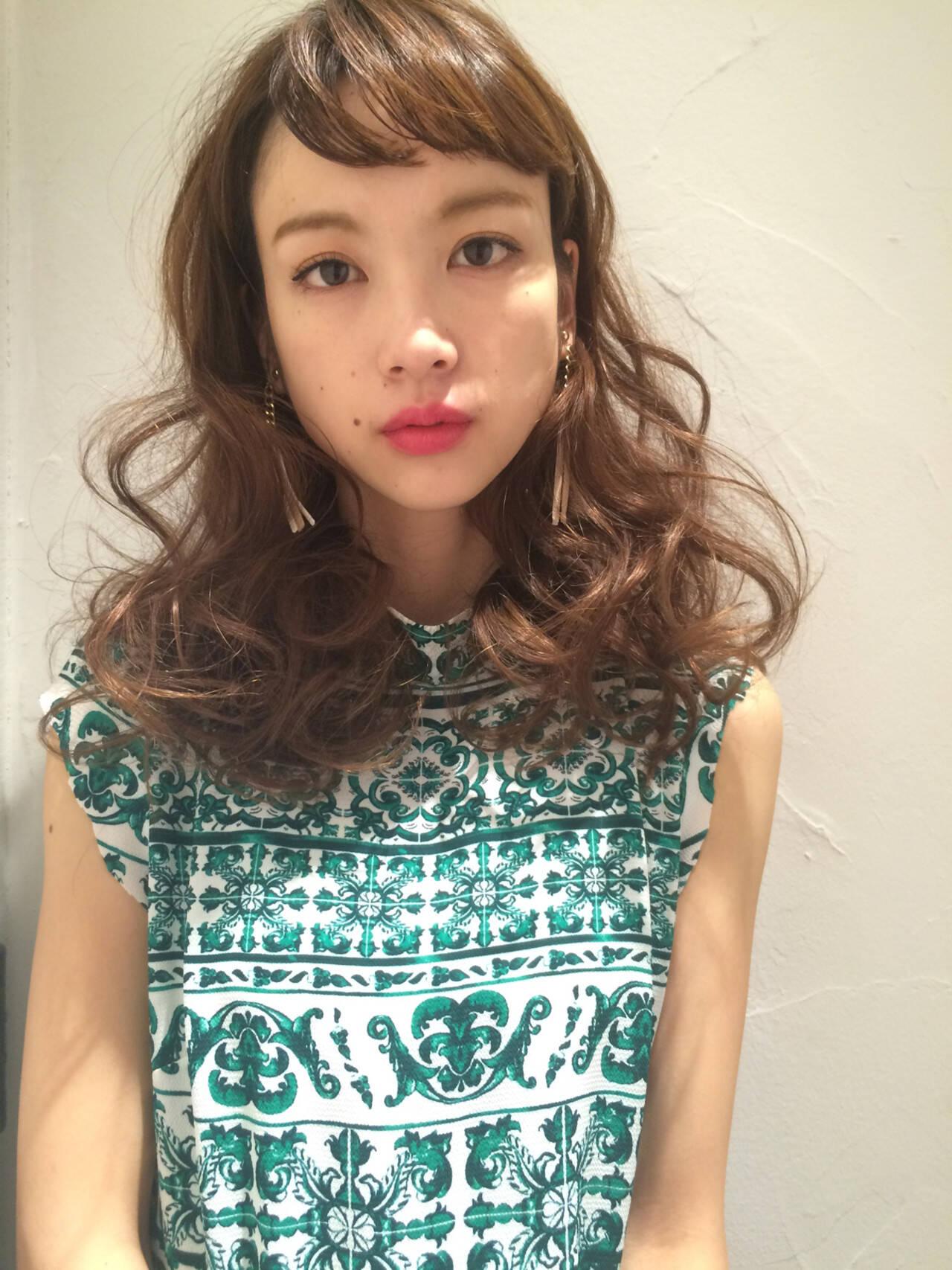 ハイライト ヘルシースタイル ロング 外国人風カラーヘアスタイルや髪型の写真・画像
