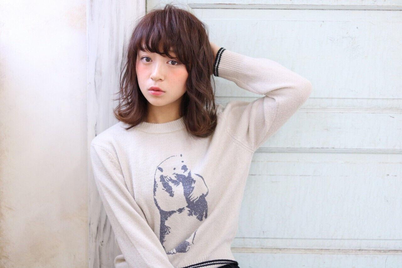 秋 ミディアム ピュア ナチュラルヘアスタイルや髪型の写真・画像