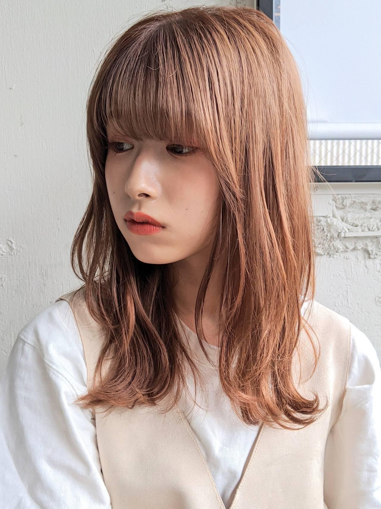 切りっぱなしボブ ゆるふわ くびれボブ ゆるウェーブヘアスタイルや髪型の写真・画像