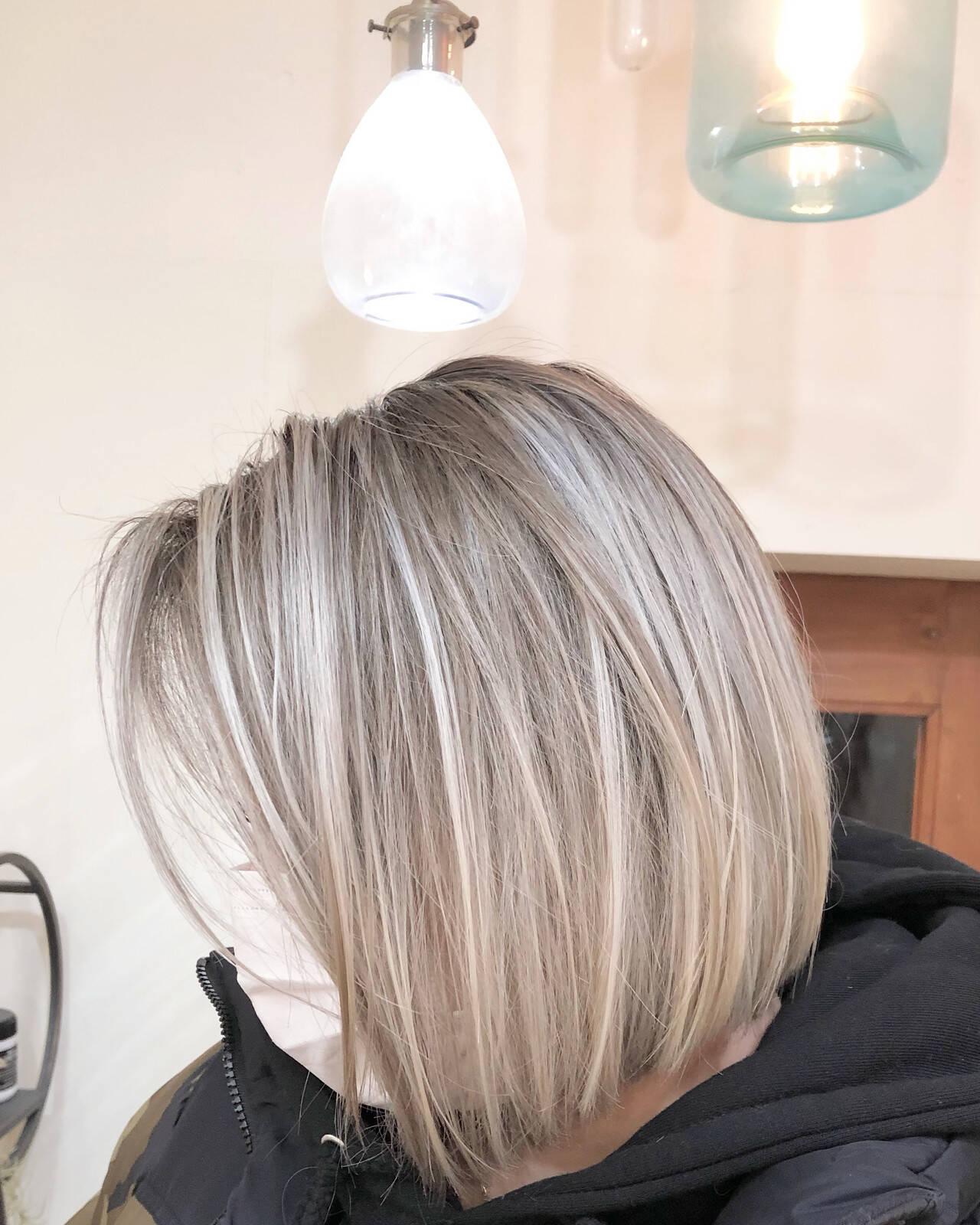 グラデーションカラー ハイライト ナチュラル ボブヘアスタイルや髪型の写真・画像