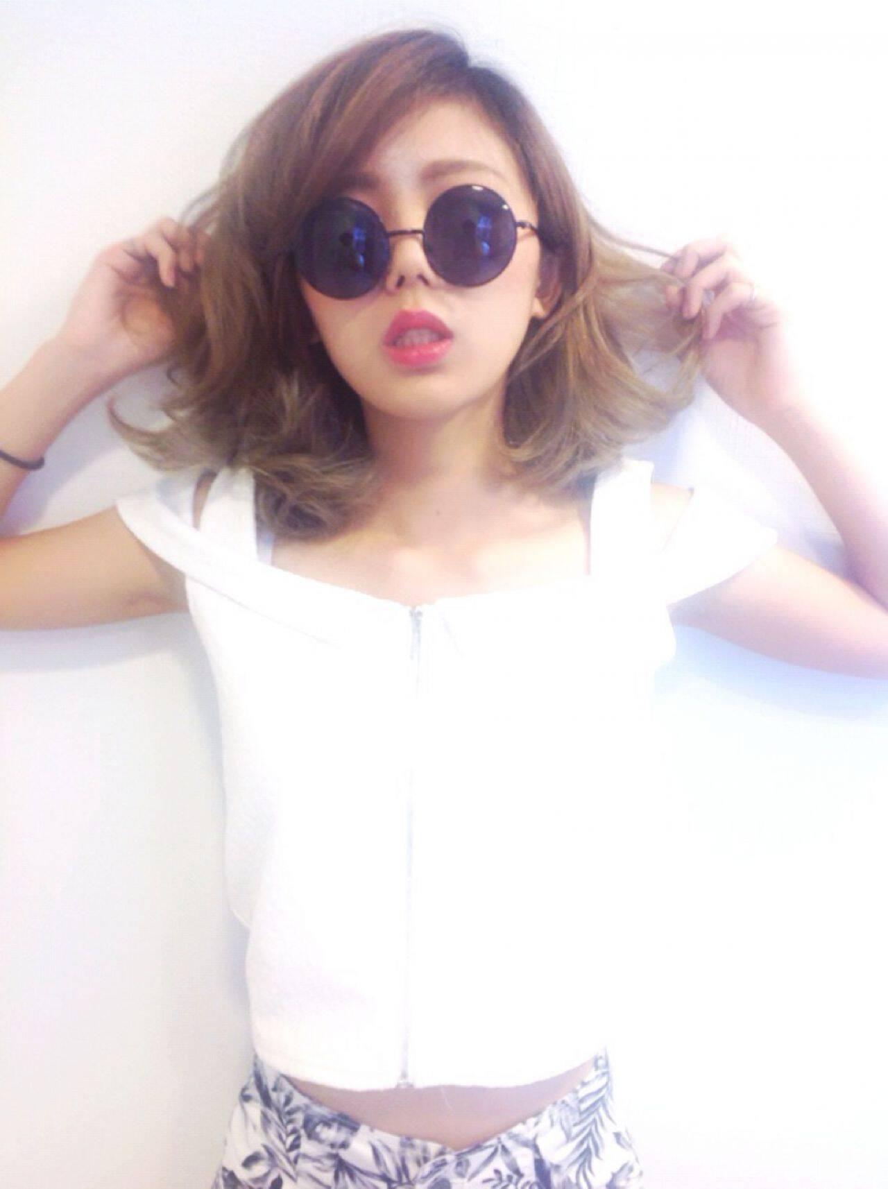 ミディアム グラデーションカラー ガーリー 渋谷系ヘアスタイルや髪型の写真・画像