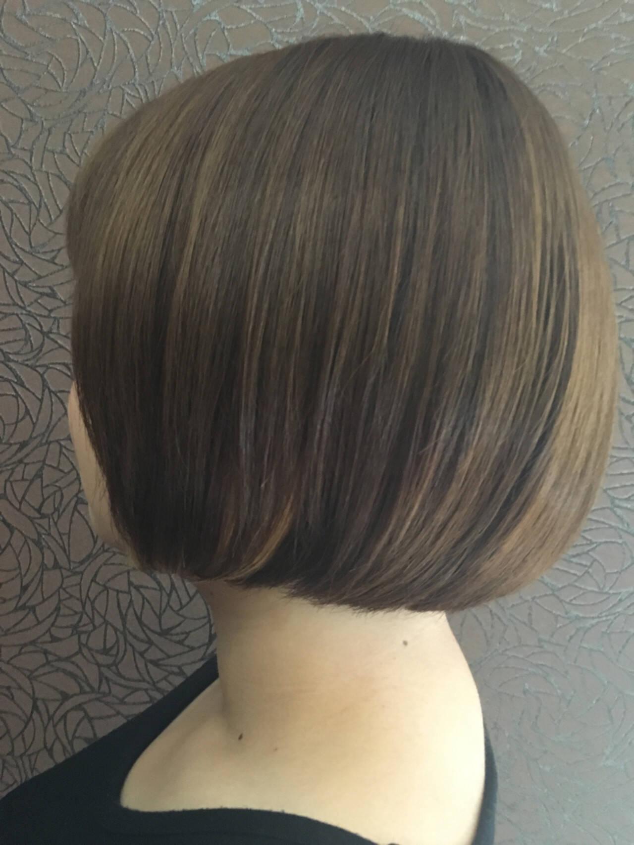 ストレート モード ショートボブ ボブヘアスタイルや髪型の写真・画像