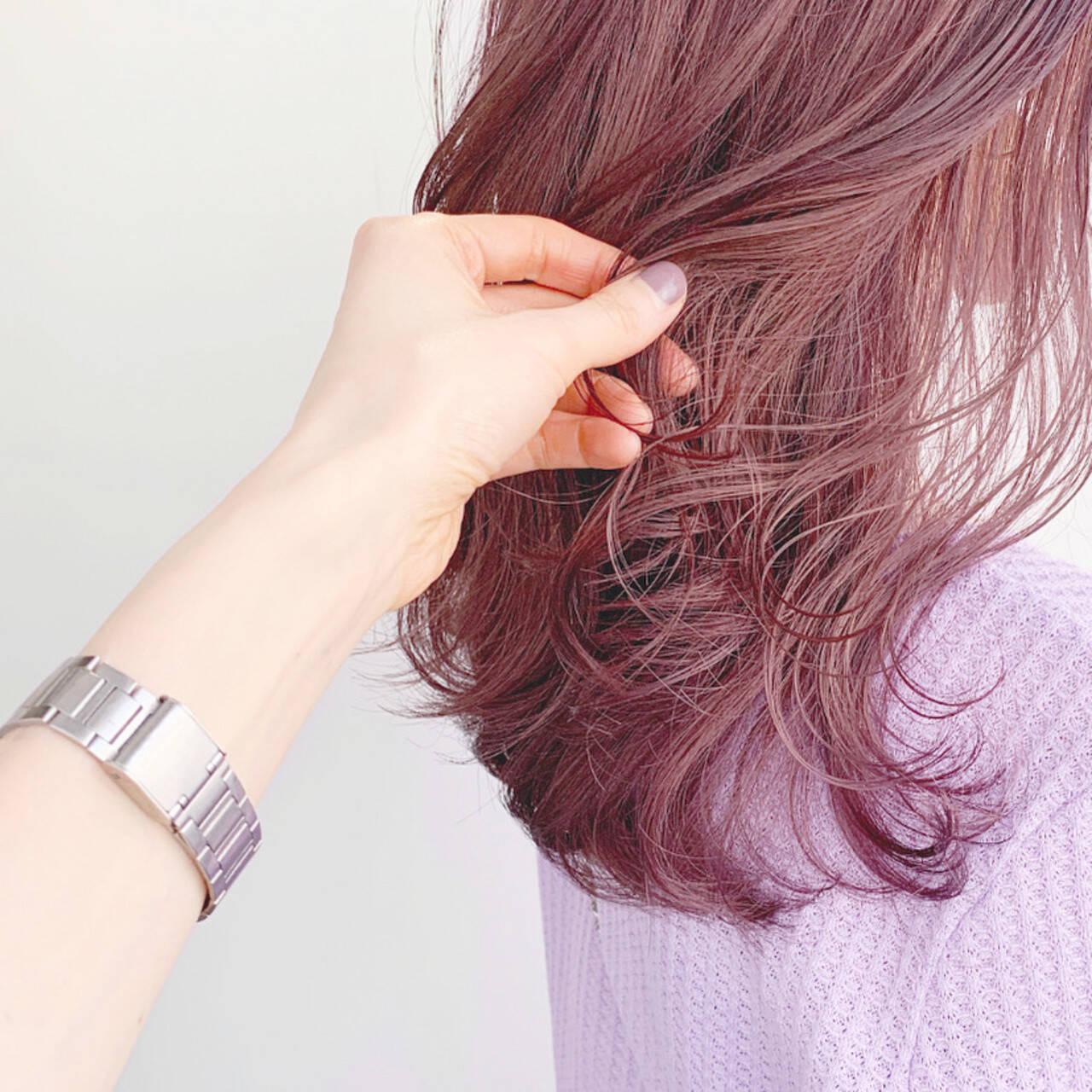 セミロング ミディアムレイヤー ピンク 韓国ヘアヘアスタイルや髪型の写真・画像