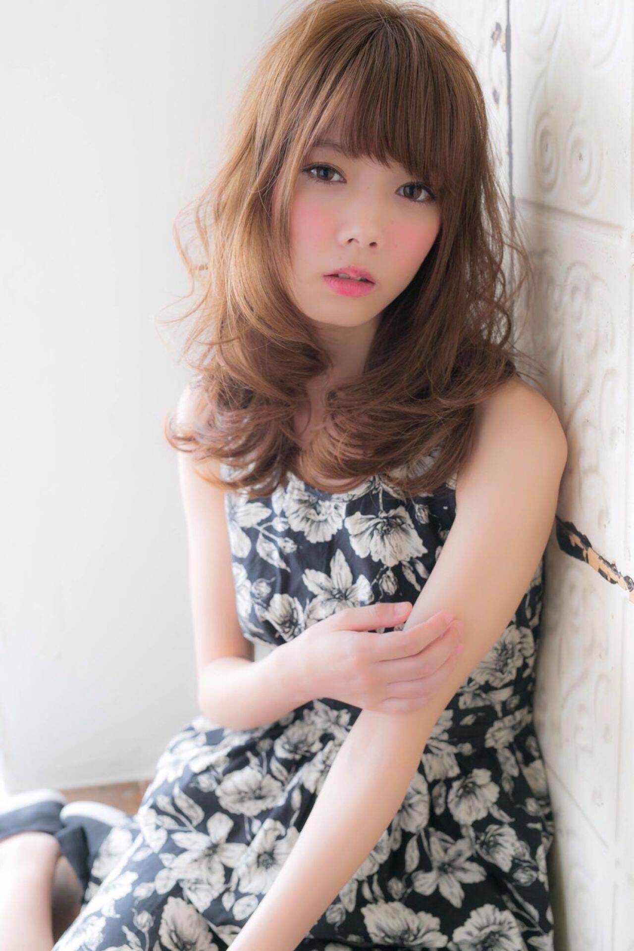 フェミニン ゆるふわ セミロング 夏ヘアスタイルや髪型の写真・画像
