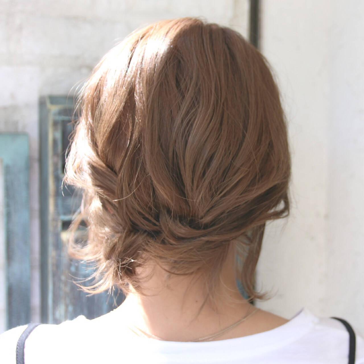 ナチュラル リラックス ショート ヘアアレンジヘアスタイルや髪型の写真・画像