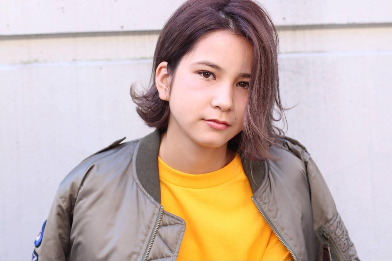 ストリート 外国人風 暗髪 グラデーションカラーヘアスタイルや髪型の写真・画像