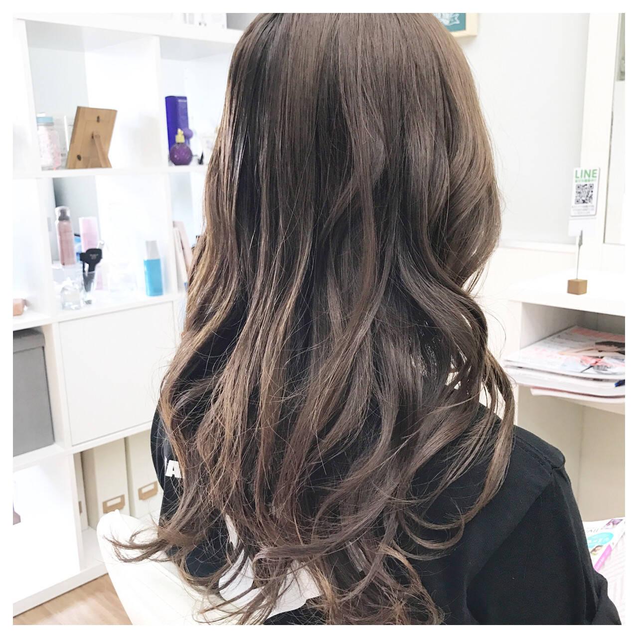 ロング カール 上品 ゆるふわヘアスタイルや髪型の写真・画像