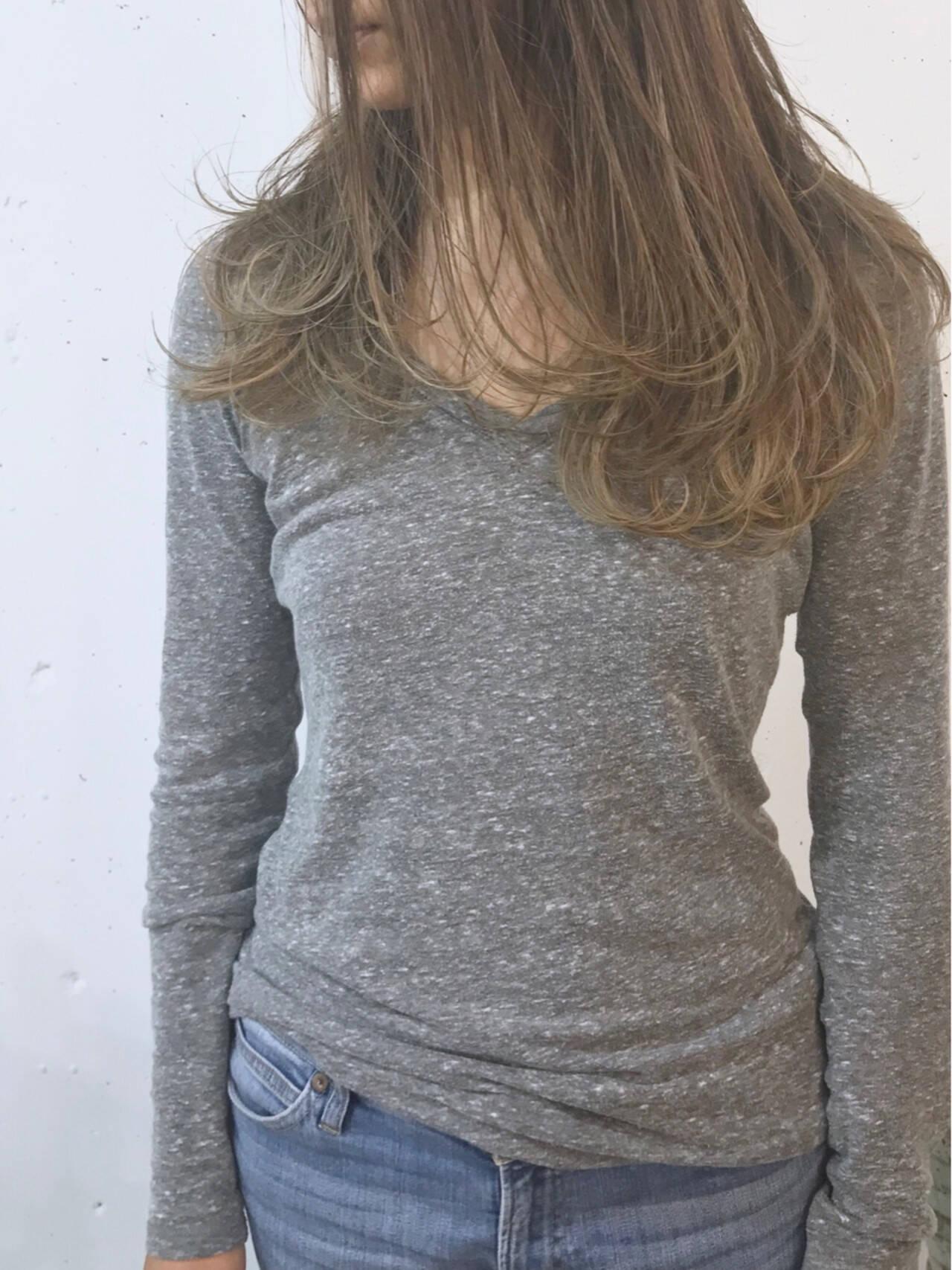 大人かわいい ロング デート 外国人風カラーヘアスタイルや髪型の写真・画像