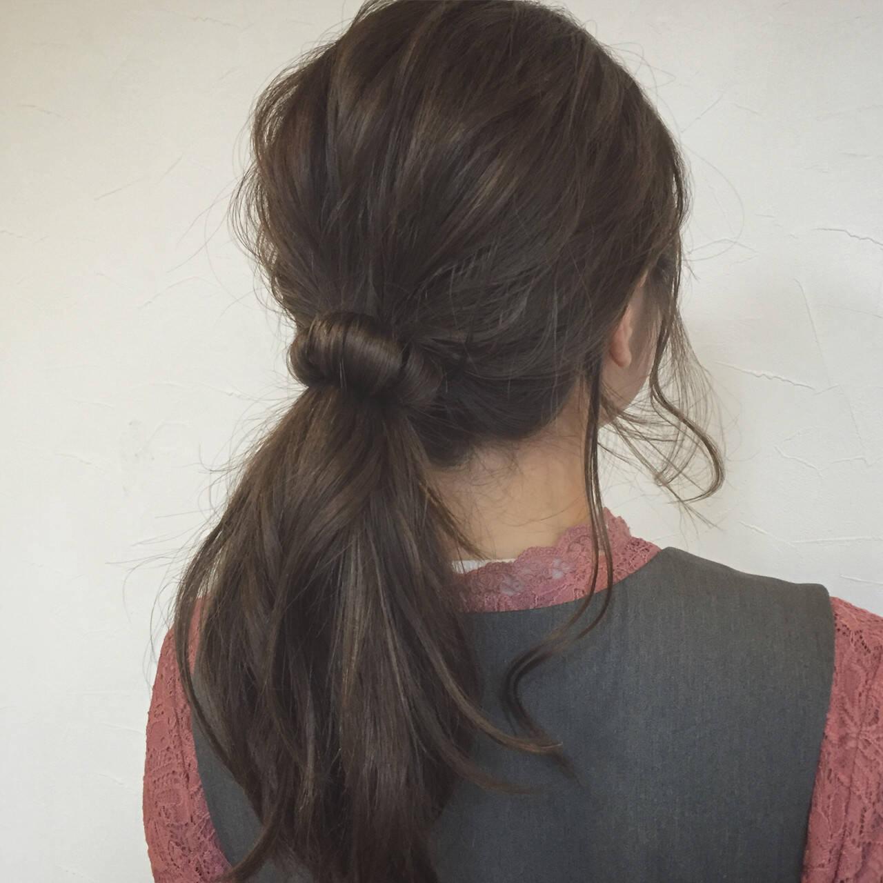 ブルージュ ガーリー ローポニーテール ヘアアレンジヘアスタイルや髪型の写真・画像