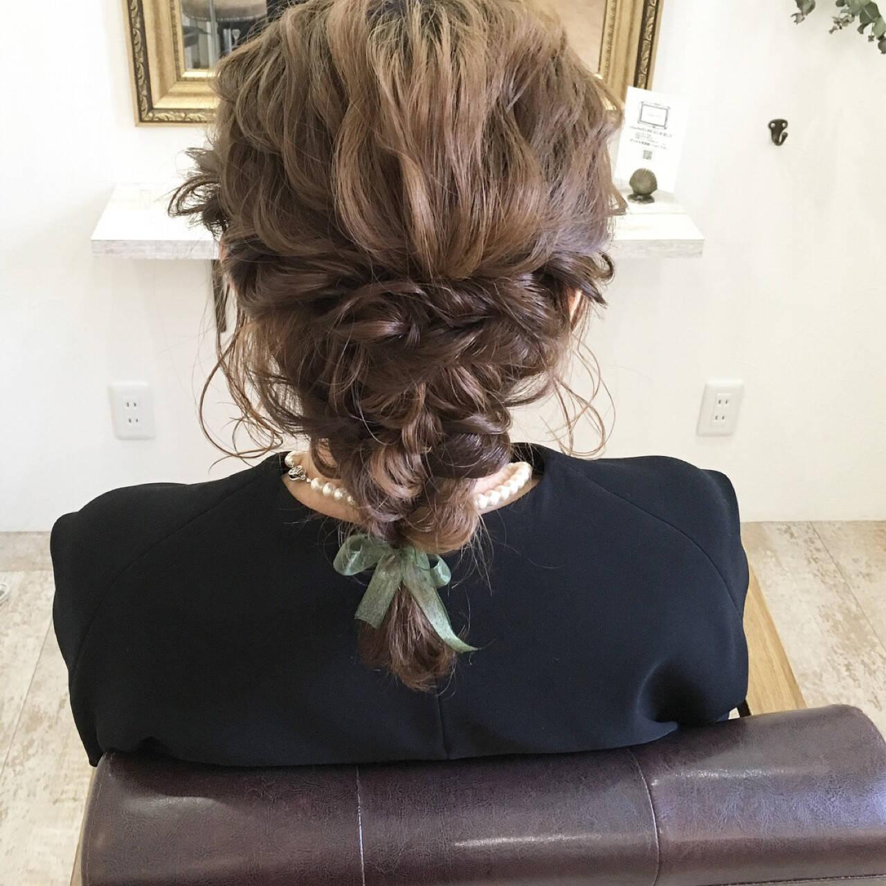 結婚式 ミディアム ヘアアレンジ ナチュラルヘアスタイルや髪型の写真・画像
