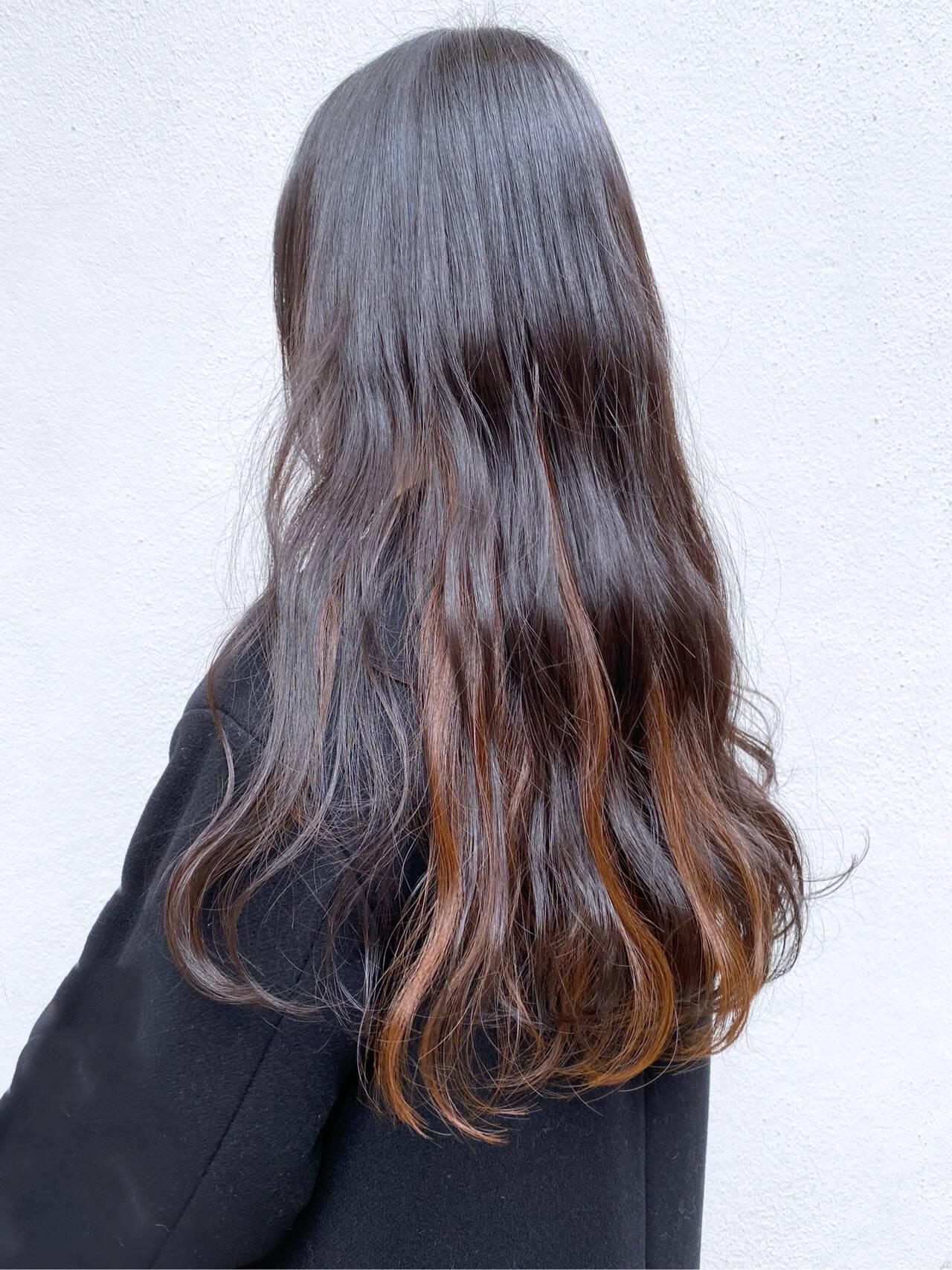 グラデーションカラー インナーカラー ミルクティーベージュ ミルクティーグレージュヘアスタイルや髪型の写真・画像