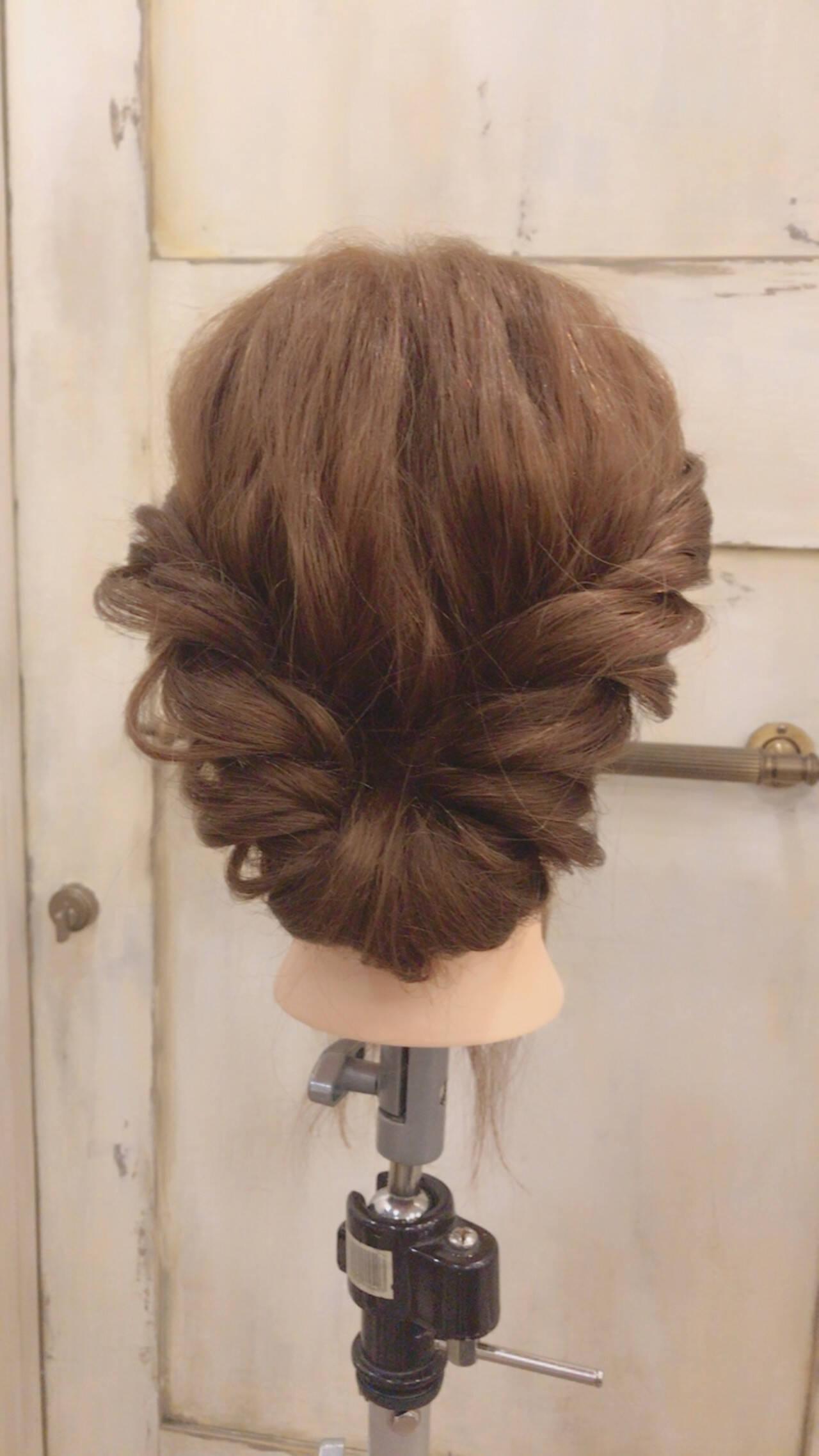 簡単ヘアアレンジ 大人女子 ショート 結婚式ヘアスタイルや髪型の写真・画像