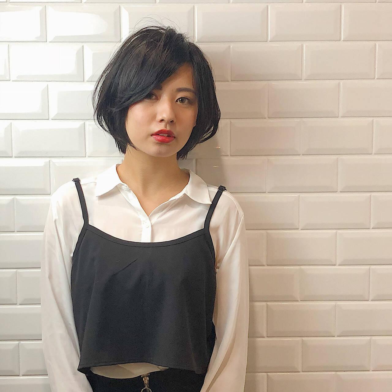 大人ショート ショートヘア ショートボブ ナチュラルヘアスタイルや髪型の写真・画像